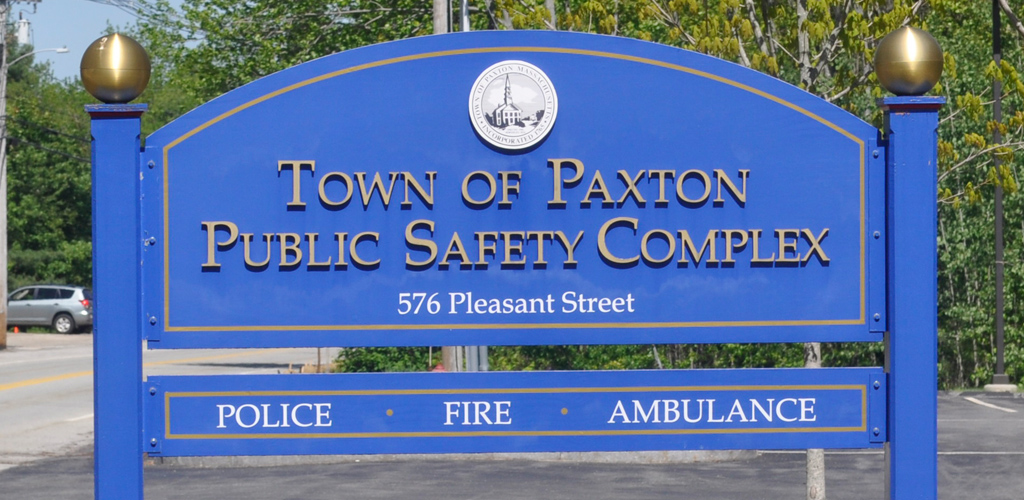 paxtonpd_town_sign